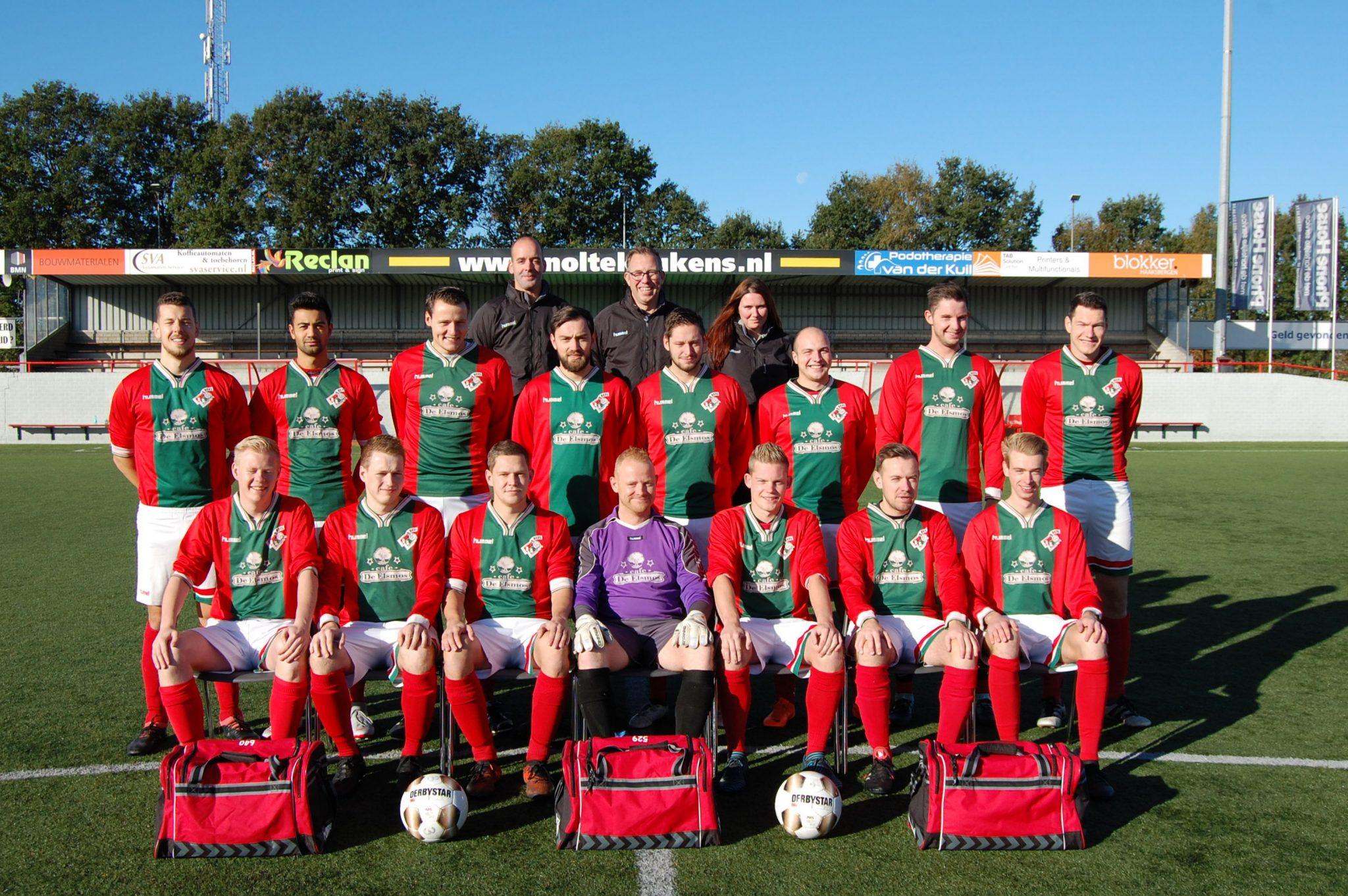 Het derde elftal speelt finale in Borne